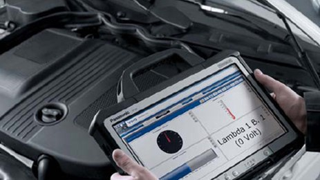 The VDO Autodiagnos VCI establishes the connection to the vehicle, if wanted, via a modern wireless interface.